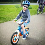 Riding a bike without stabilisers